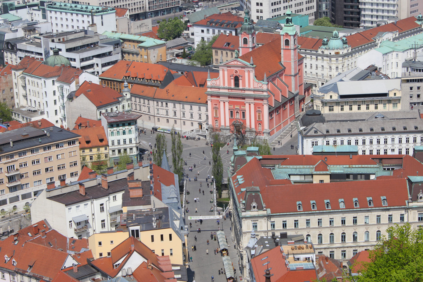 Ljubljana is a charming place and also incredibly picturesque