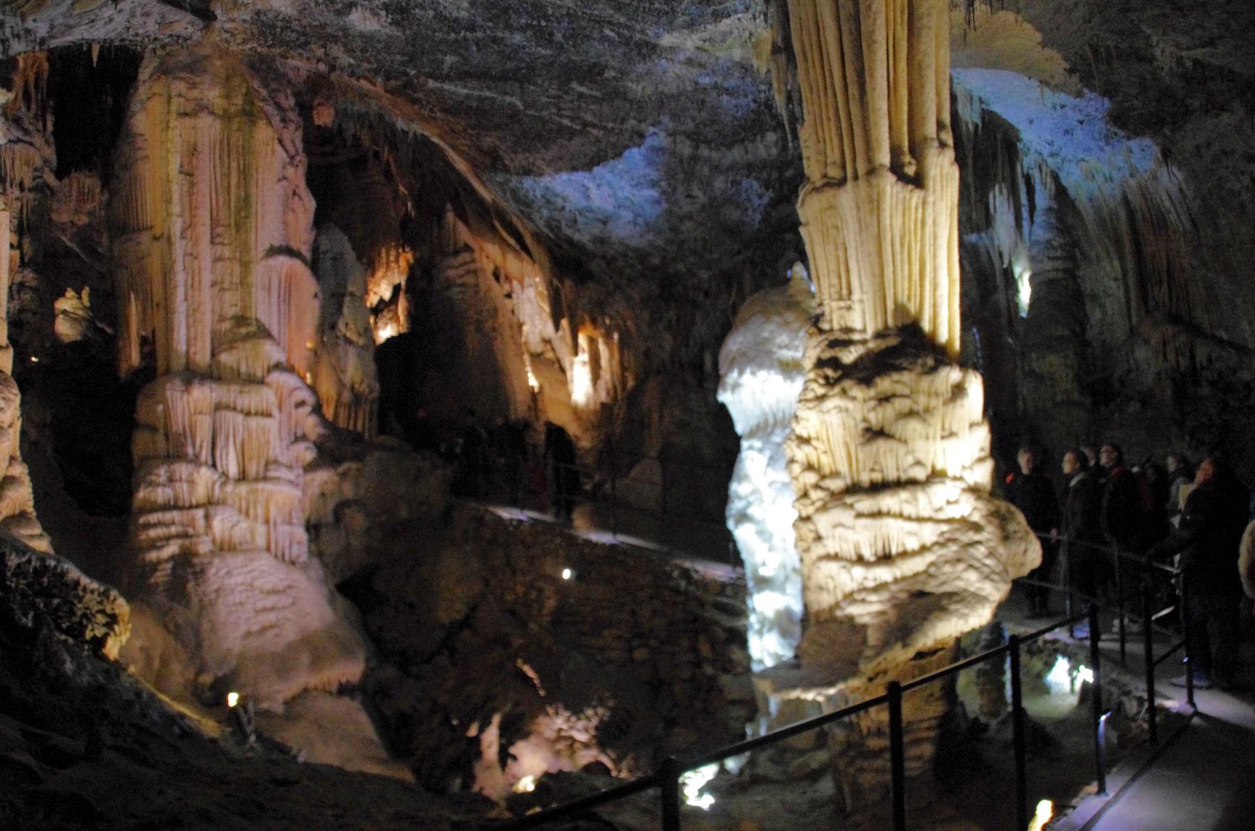 postojna-cave-underground