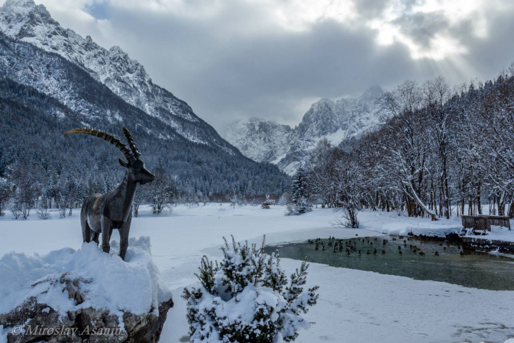 Lake Jasna in winter with lots of snow, Kranjska Gora, Slovenia