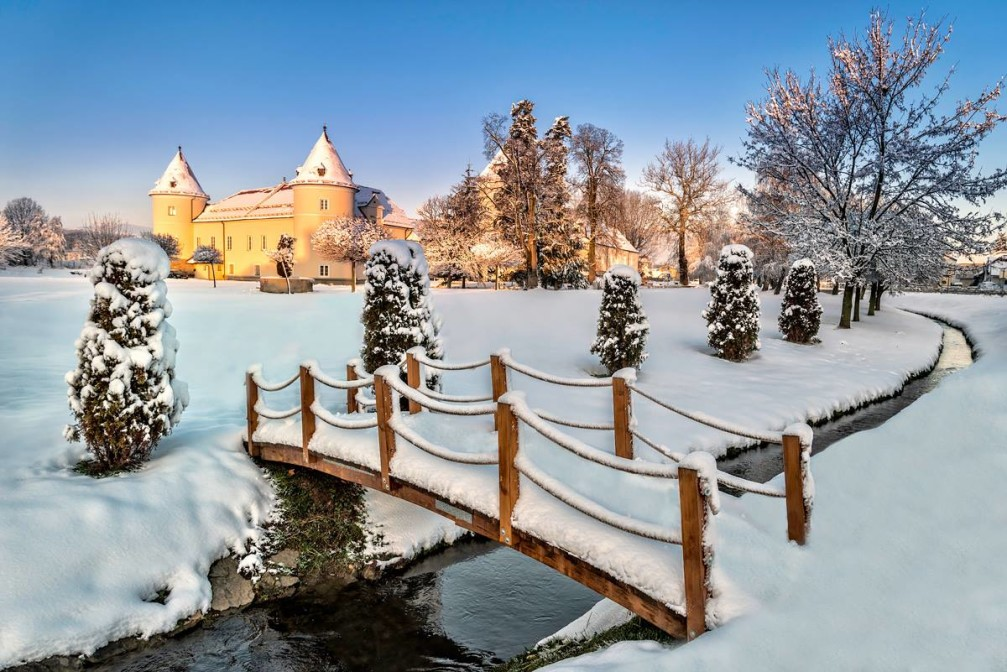 Race Castle in winter looks like it's straight out of some fairy tale