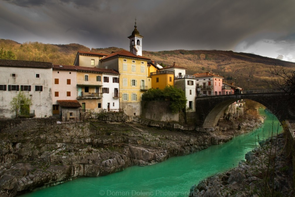 The oldest part of the Kanal town lies on the left bank of the Soca river