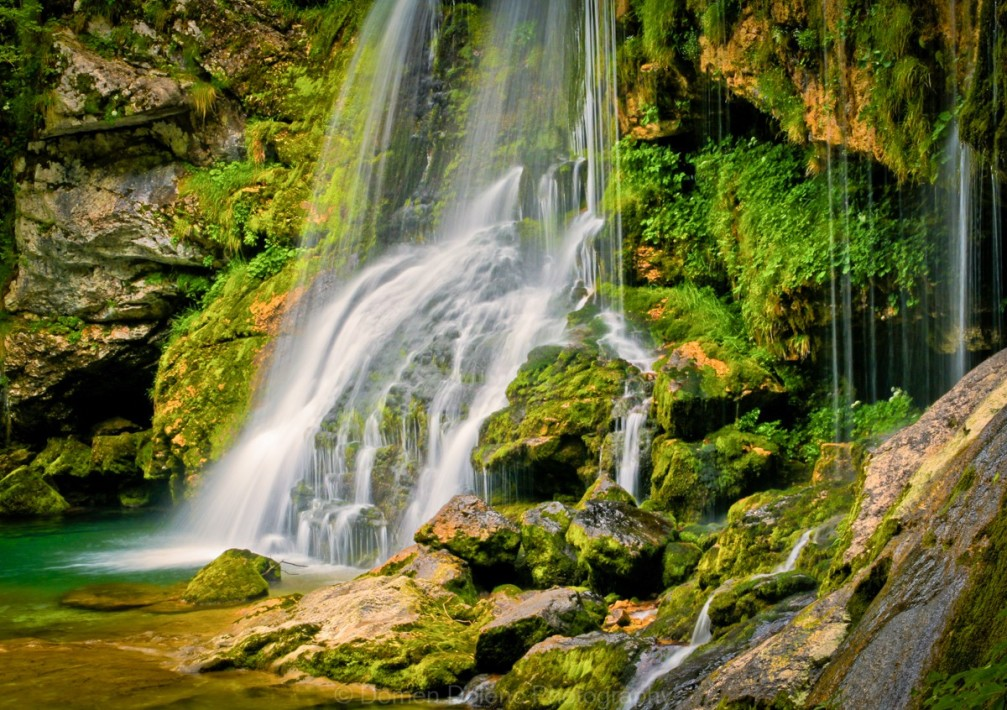 virje-waterfall-slovenia-green