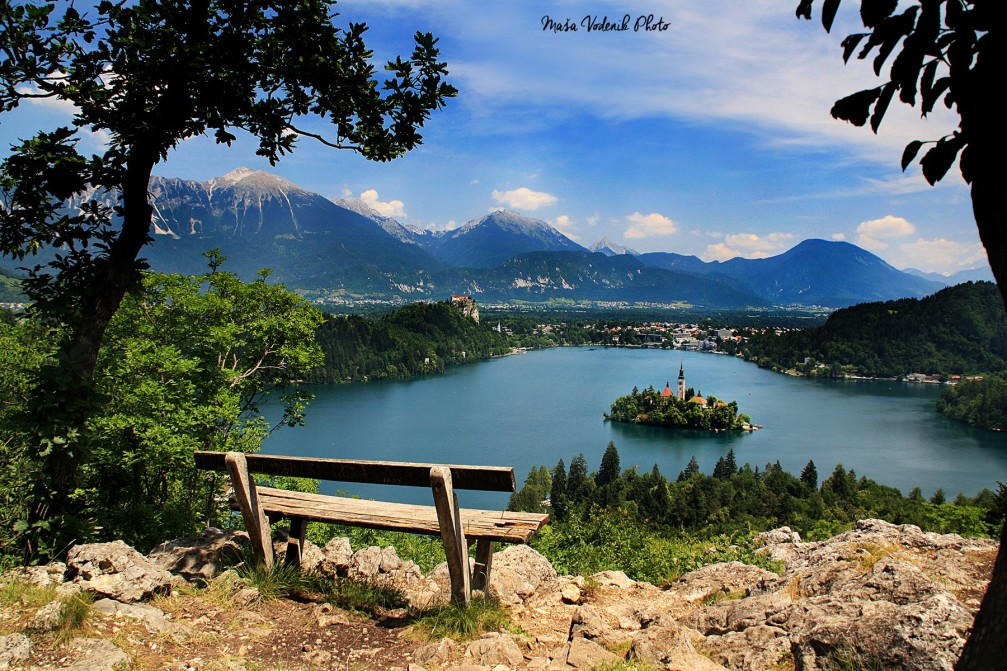 Breathtaking view of Lake Bled and its island and castle