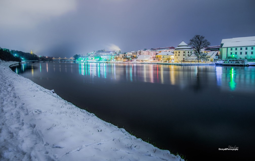 River Drava wending its way through the city of Maribor in winter
